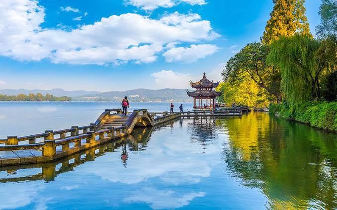 বাংলাদেশী ভ্রমণ পিপাসুরা বাতিল করছেন চীন সফর