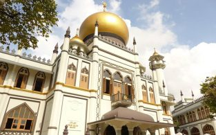 করোনা প্রতিরোধে সিঙ্গাপুরে ৫দিনের জন্য সকল মসজিদ বন্ধ হচ্ছে