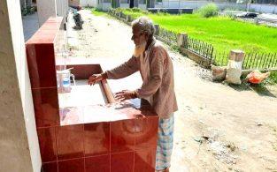 বিজয়নগর উপজেলা চত্ত্বরে হাত ধোয়ার বেসিন স্থাপন