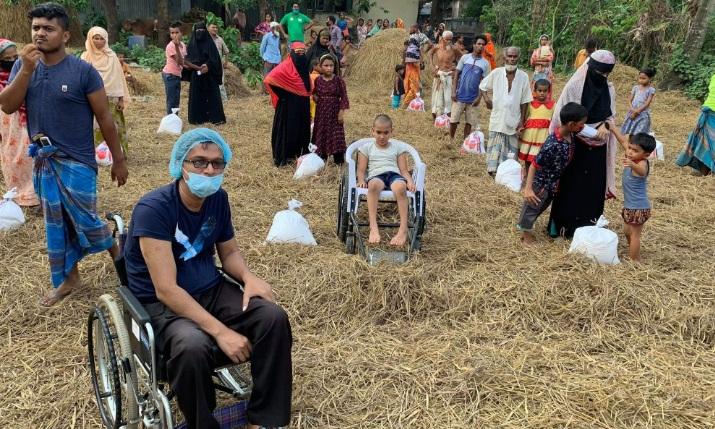 ব্রাহ্মণবাড়িয়ায় প্রধানমন্ত্রীর খাদ্য উপহার পেল আরও ৭৫ প্রতিবন্ধী পরিবার