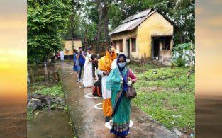 আখাউড়া দিয়ে ১২০জন ভারতীয় গেলেন নিজ দেশে