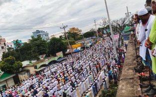 বরেণ্য আলেম মনিরুজ্জামান সিরাজীর জানাজায় জনস্রোত