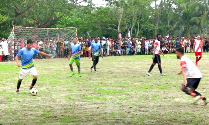 কসবায় ফুটবল টুর্ণামেন্টের ফাইনাল খেলা অনুষ্ঠিত